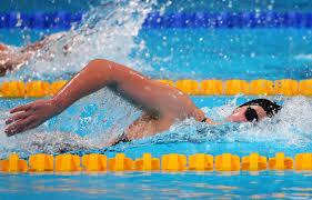 Úszás
